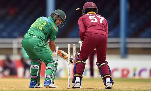 West Indies restricts Pakistan at 132 runs at second match of T20 International series