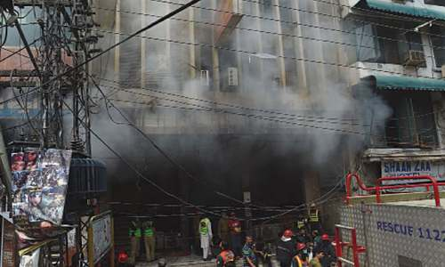 28 shops gutted in Anarkali blaze