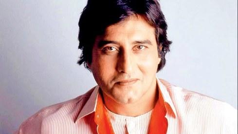 Veteran Bollywood actor Vinod Khanna passes away at 70