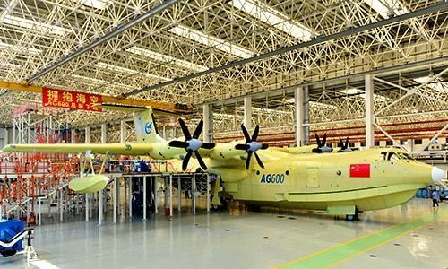 China-built amphibious aircraft takes maiden flight