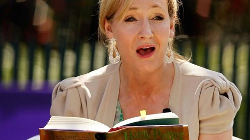 J.K. Rowling wrote a Harry Potter prequel on a postcard and it just got reported stolen