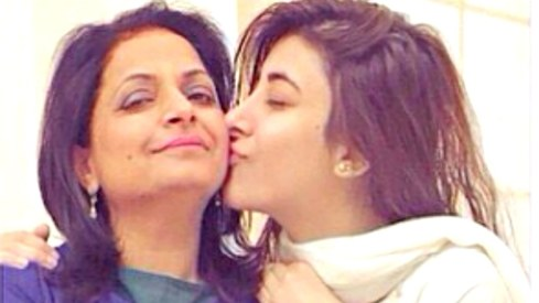 Mahira Khan, Urwa Hocane and more send the most adorable shout-outs to their moms