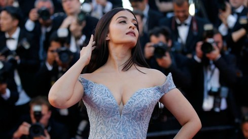 Aishwarya Rai owns the Cannes red carpet in a beautiful blue ballgown