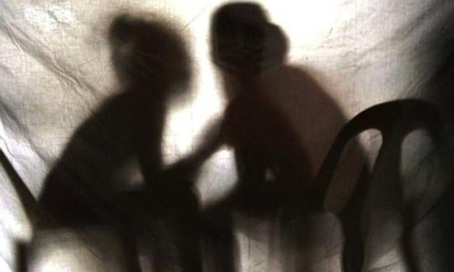 Feudal lord 'settles' rape case of 12-year-old girl through jirga in Kandhkot