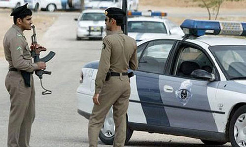 Two Saudi policemen hurt in bombing in restive Shia town