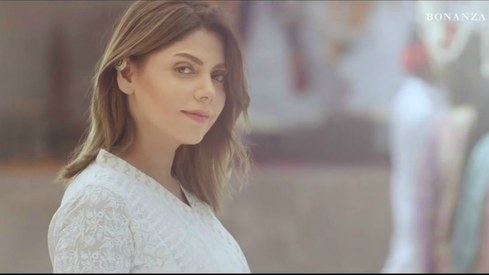 Hadiqa Kiani oozes elegance in this TVC for Bonanza Satrangi