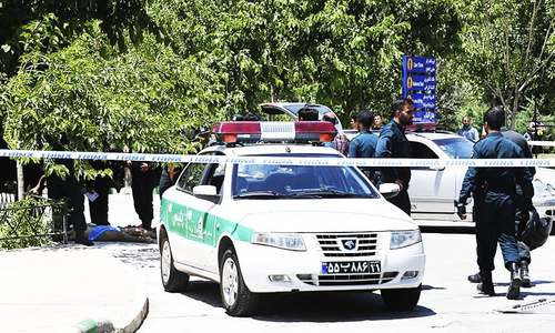 12 killed in IS-claimed attacks on Iranian parliament, Khomenei's mausoleum