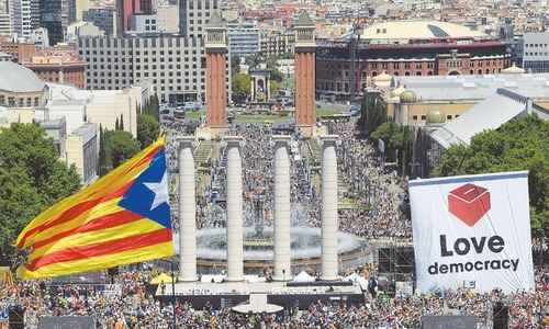 Tens of thousands rally in Barcelona in support of Catalan independence vote