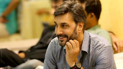 Adnan Siddiqui's message to his kids is a crucial reminder for everyone in this digital age