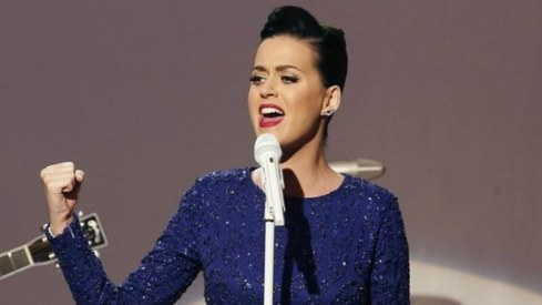Katy Perry bids to end bad blood with Taylor Swift, gets no response