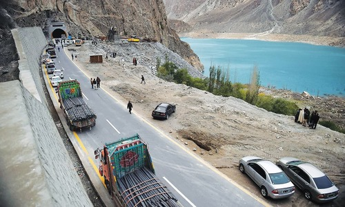 Battagram locals halt work on CPEC tunnel project protesting non-payment of compensation