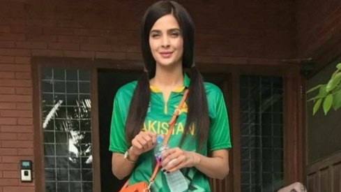 All of Saba Qamar's looks (for now) as Qandeel Baloch for drama Baaghi
