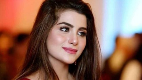 Sohai Ali Abro signs Fahim Burney's second film 'Love, London, Sialkot'