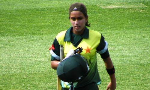 Nain, Bismah guide Pakistan to victory