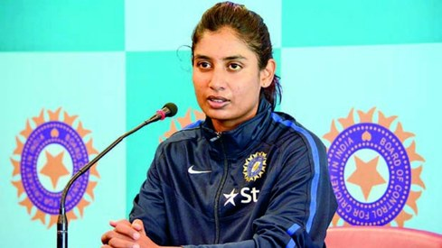 Indian cricket captain Mithali Raj shuts down a reporter for asking who her favourite male cricketer is