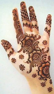 EID: THE CHANGING  COLOURS OF MEHNDI