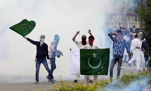 At least 10 injured in clashes in India-held Kashmir on Eid