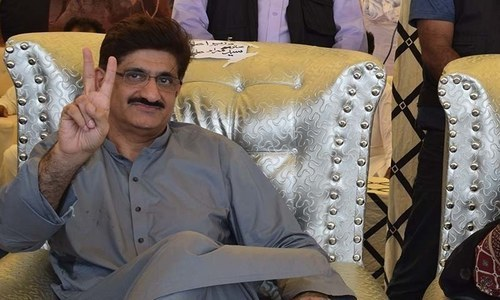 Murad briefs opposition leaders on Sindh's proposed accountability law