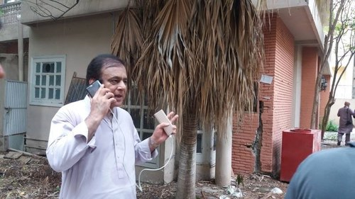 Shibli Faraz's tax documents stolen from Islamabad residence