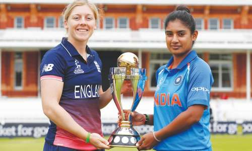 India chase history, England another title