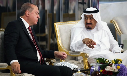 Erdogan in the Gulf seeking to ease Qatar crisis