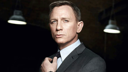 Confirmed! Daniel Craig will play James Bond again