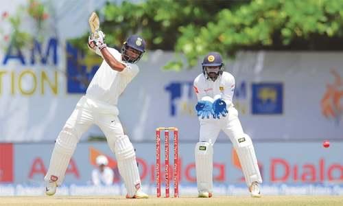 Mukund, Kohli half-centuries give India complete control