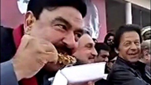 Sheikh Rasheed proves anytime is a good time for biryani