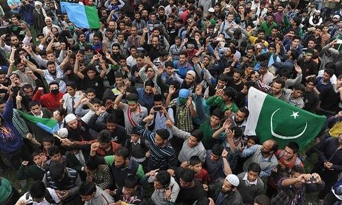 Indian troops kill 3 Kashmiri militants in gun battle