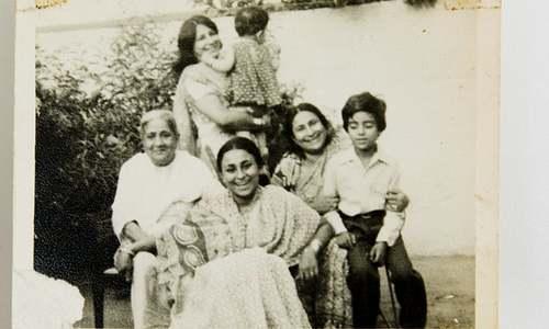 Family bonds survive India-Pakistan split, but for how long?