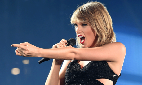 Taylor Swift wins groping case against DJ