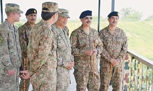 US general briefed on anti-terror efforts