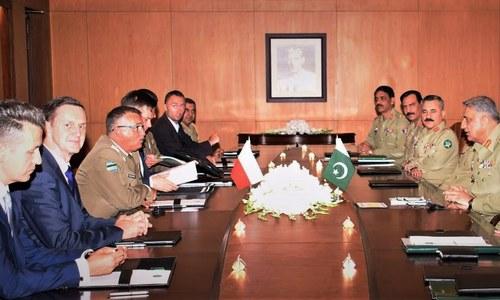 Polish commander, Jordanian ambassador discuss security with army chief