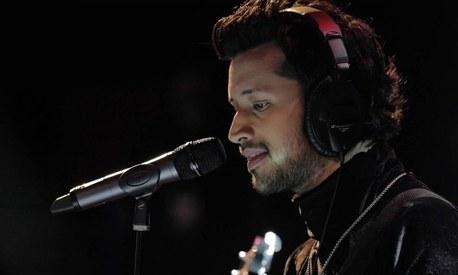 Atif Aslam sings of lost love for Irrfan Khan'