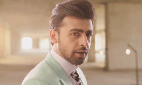 Farhan Saeed captures the pain of heartbreak in Punjab Nahi Jaungi's latest song
