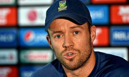 De Villiers quits as South Africa's ODI captain