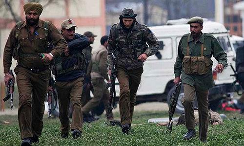 Kashmiri militants kill three Indian officers