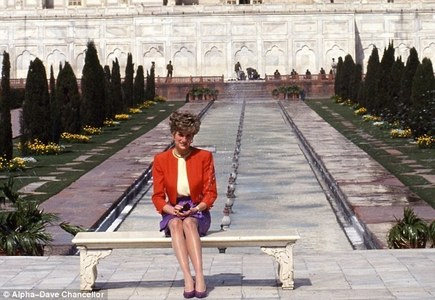 Princess Diana – A hapless victim or savvy manipulator?