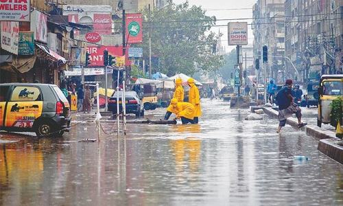 Rain paralyses trade, industrial activities in Karachi