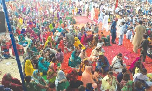 Hidden hands busy fomenting religious extremism in Thar: Palijo