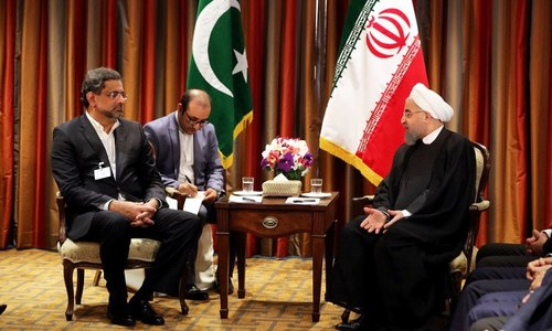 Abbasi, Rouhani agree to 'help' find peaceful resolution to Afghan conflict