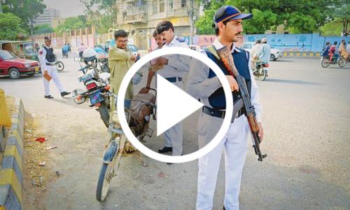 کراچی میں ٹریفک پولیس کی نئی مہم