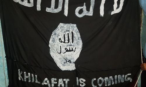 Police remove Islamic State flag waving in Islamabad