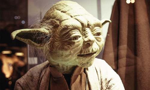 Saudi official fired after textbooks show Yoda with king