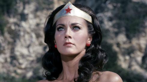 Original Wonder Woman Lynda Carter tells James Cameron to 'stop dissing' the movie