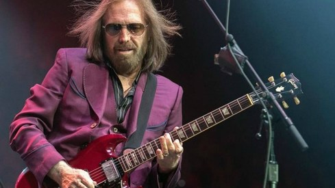 Tom Petty returns near top of Billboard album sales chart after death