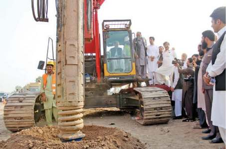 Bus project to change face of Peshawar, says Khattak
