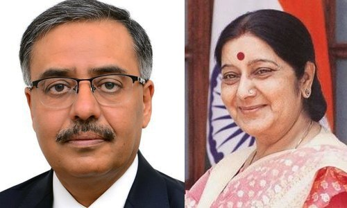 Pakistan envoy to New Delhi meets Indian FM Sushma Swaraj: report