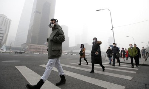 China still on track to hit growth target despite winter smog war