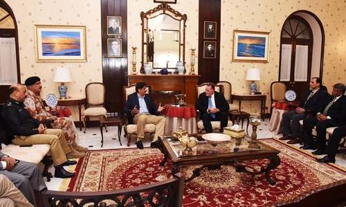 Security consultant meets Sindh's CM, police chief as PCB seeks bringing PSL to Karachi